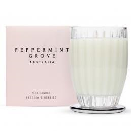 Peppermint Grove - Candle 350g - Freesia & Berries